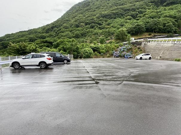 出釈迦寺 駐車場