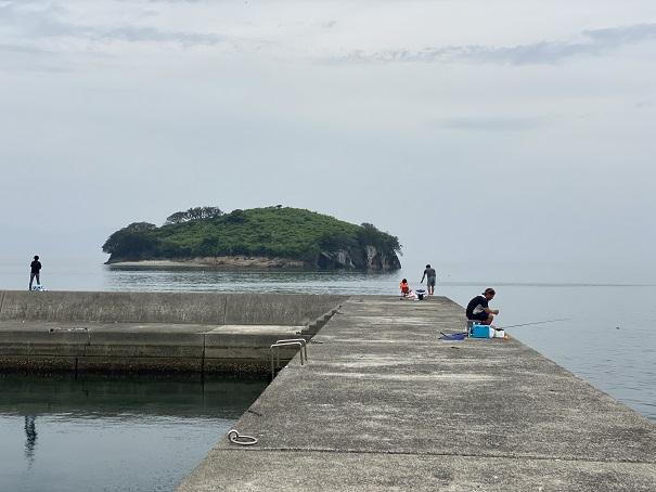 馬篠漁港右側防波堤