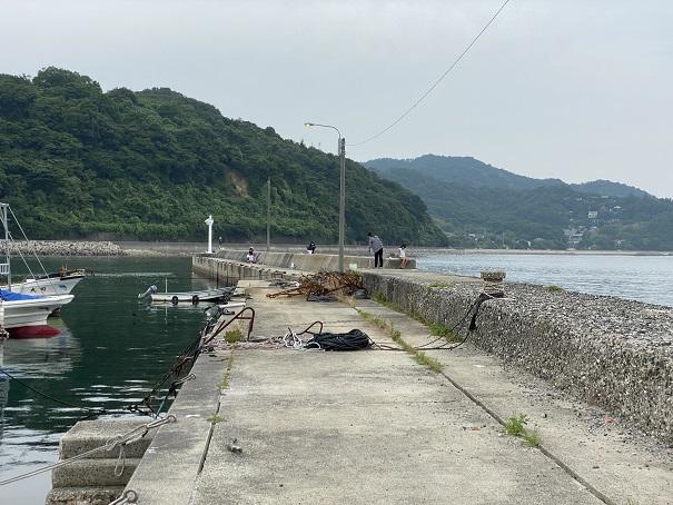 小田浦漁港防波堤