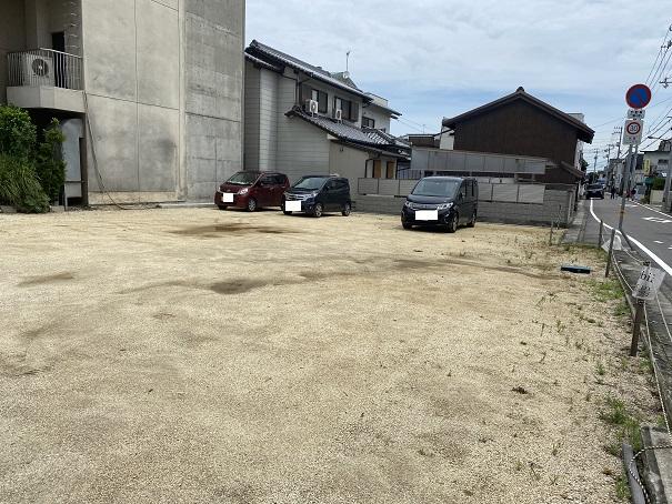 旅籠屋Tombiii 駐車場