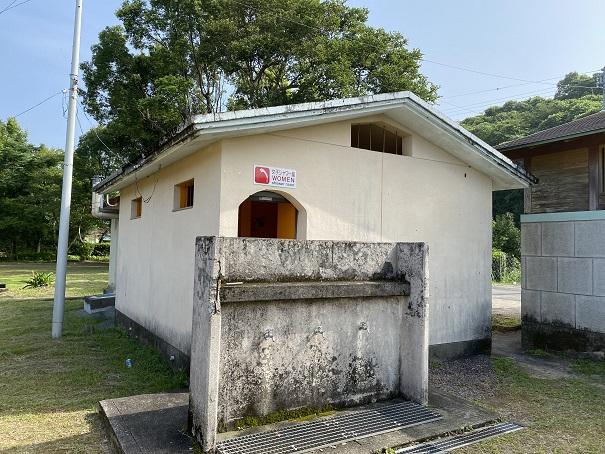 浮津海水浴場シャワー室