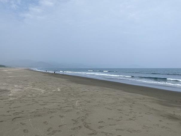 入野海岸砂浜