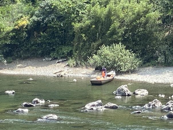 四万十川ジップライン 舟で移動