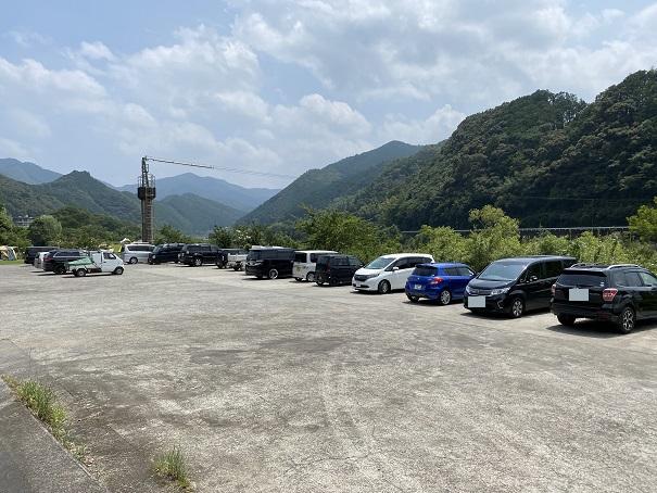 ふるさと交流センター駐車場