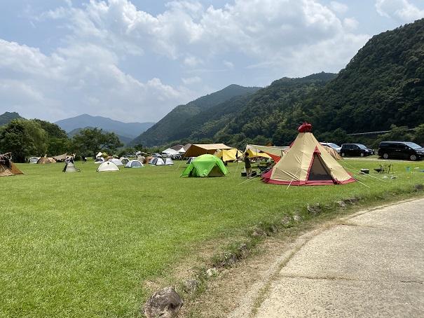 ふるさと交流センターキャンプとテント