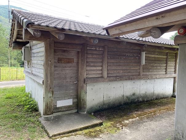 三島キャンプ場シャワー