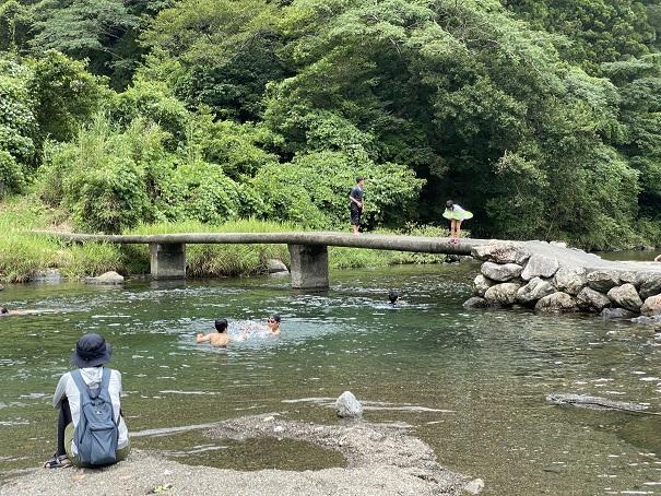 新荘川 沈下橋から飛び込み