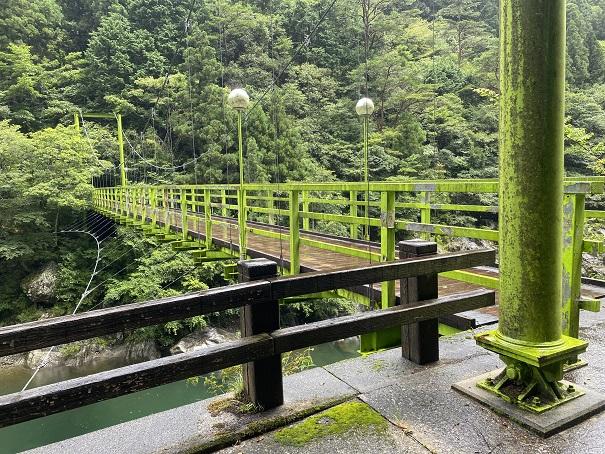 富郷キャンプ場 吊り橋