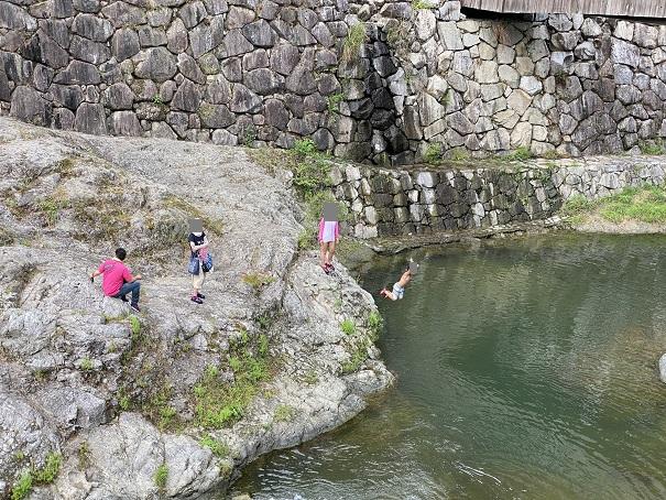 香東川 飛び込み