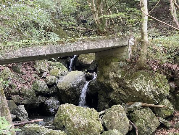 美霞洞渓谷 滝