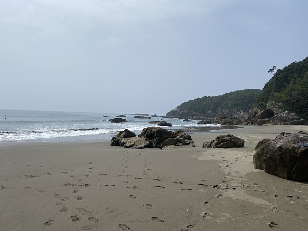 双海サーフビーチ 右側