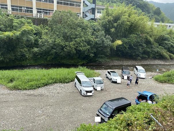 桑の川わんぱくプール 駐車場1