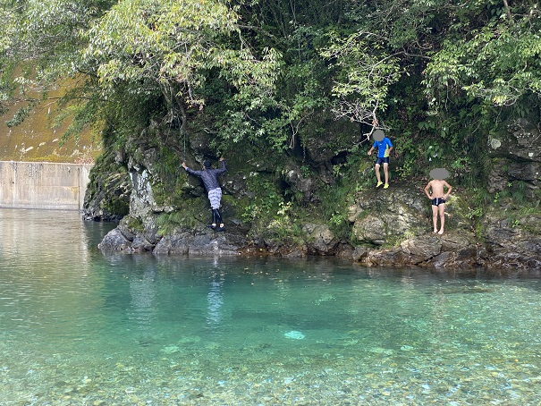 桑の川わんぱくプール 飛び込み