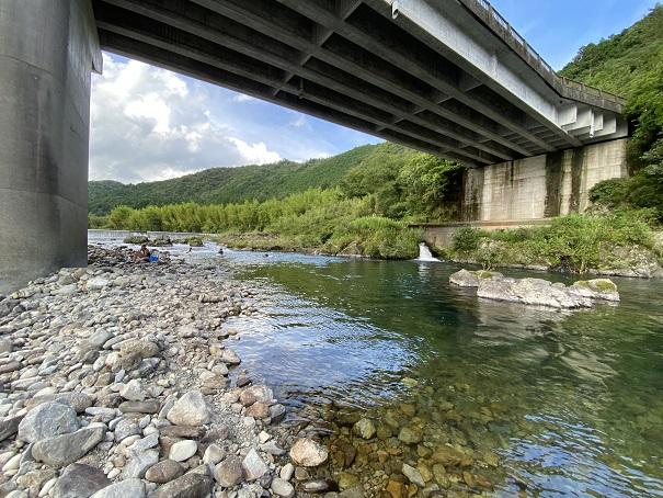 米の川城ハナ公園 川遊び