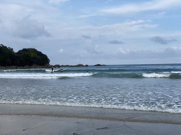 大岐海岸サーファー