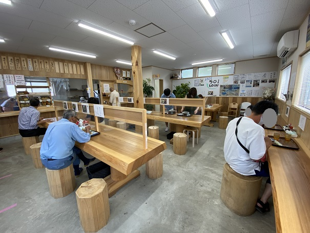 501UDON 店内