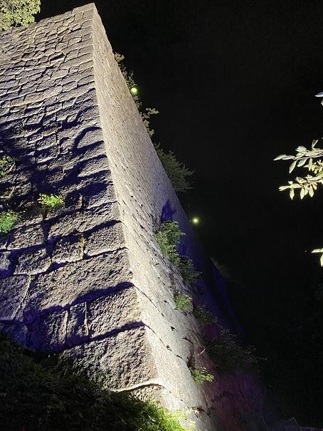 丸亀城キャッスルロード 石垣