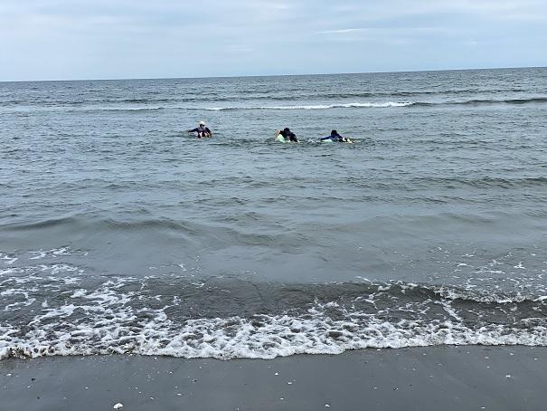 サーフィンスクール パドリング