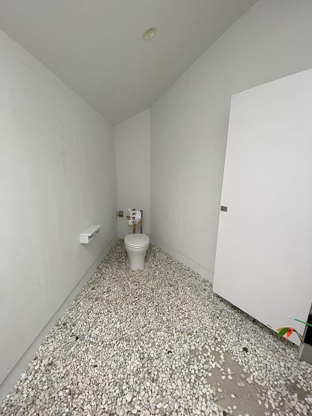 伊吹島 トイレの家 女子トイレ