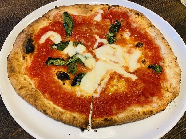 TRATTORIA Tino トラットリア ティノ マルゲリータピザ
