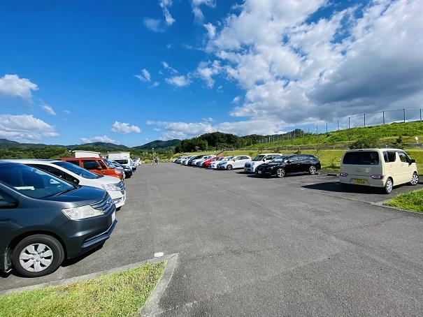 宝山湖の駐車場