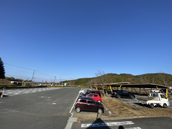 おかやまファーマーズマーケット 駐車場