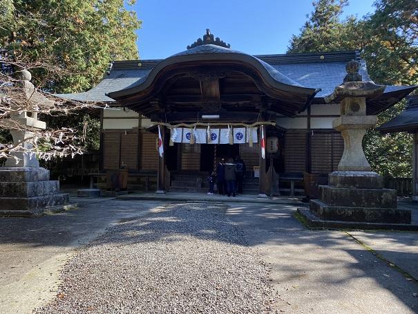 岩部八幡神社 拝殿