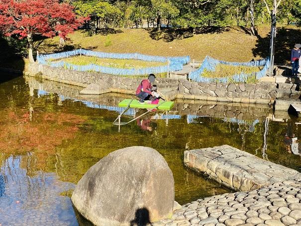 香川用水記念公園じゃぶじゃぶ池こいで池