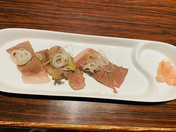 炙り寿司 和牛 特上 3貫