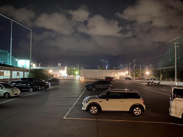 クルーズカフェ駐車場