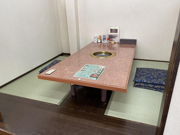 焼肉松坂 1階座敷席