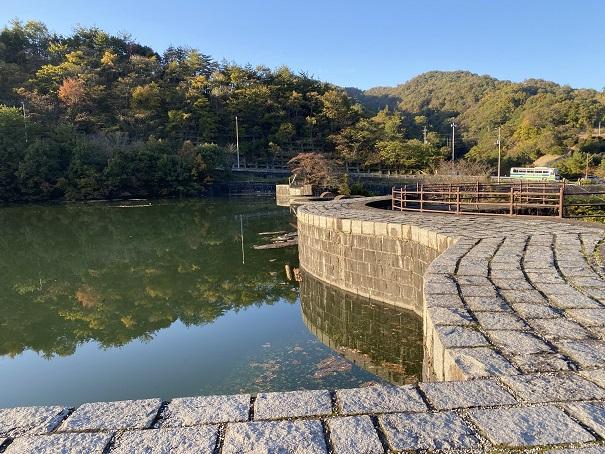 豊稔池 アーチ