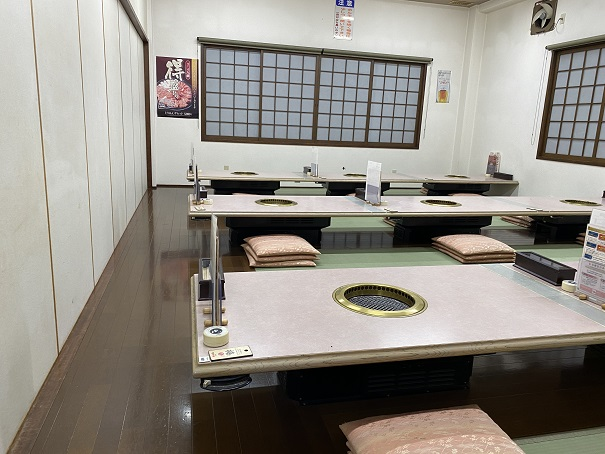 焼肉松坂本店 2階