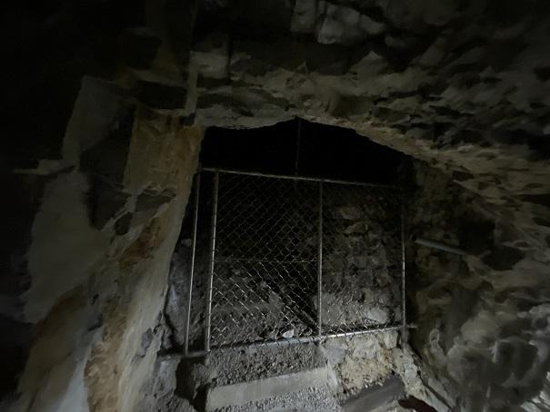 井倉洞 分かれ道