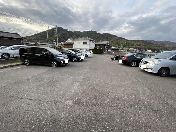 須田港 駐車場2