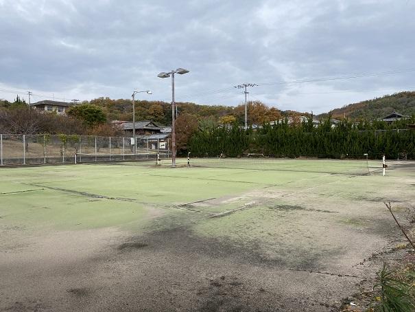 ルポール粟島 テニスコート