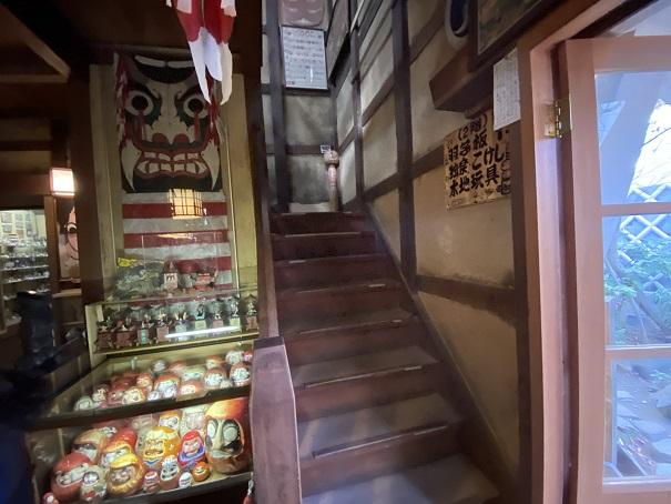 日本郷土玩具館 2階へ