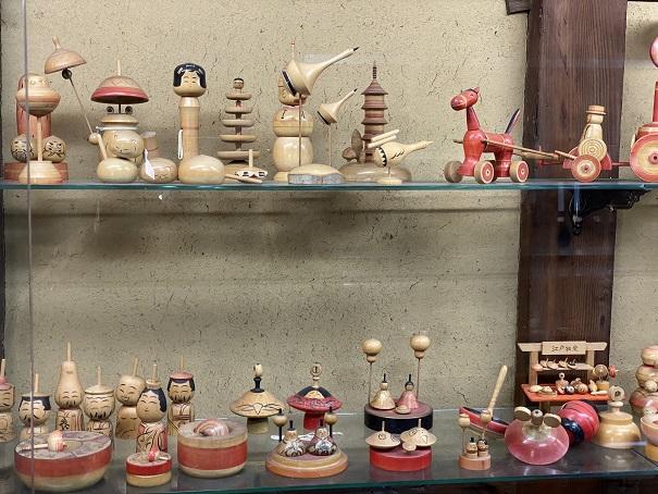 日本郷土玩具館 こけしや独楽