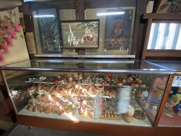日本郷土玩具館 コマ