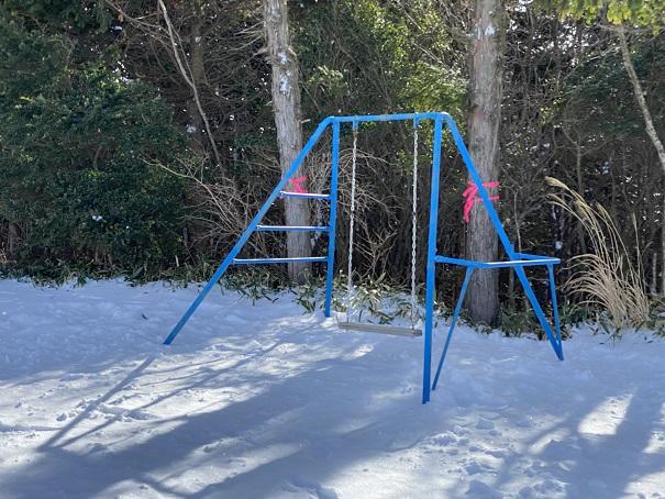 石鎚スキー場 ピクニック園地ブランコ