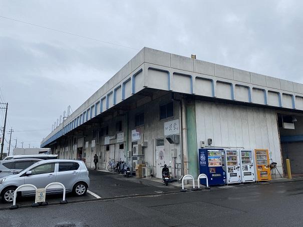 高松市中央卸売市場 駐車場