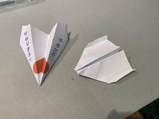 二宮忠八飛行館 紙飛行機完成