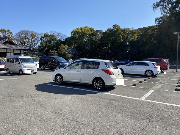 湯神社 駐車場
