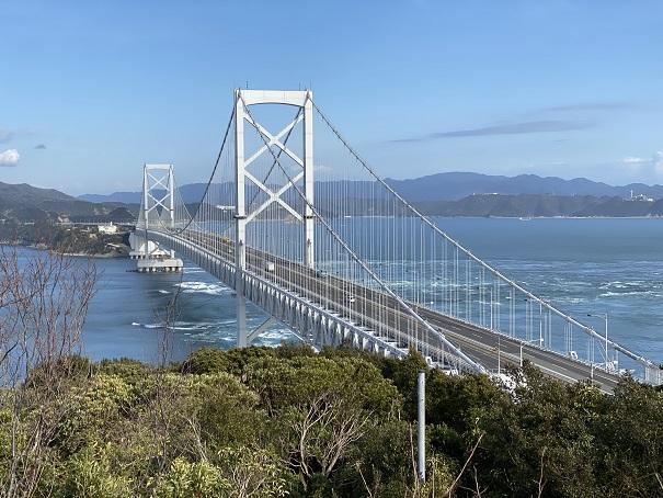 見晴台からの鳴門海峡の景色