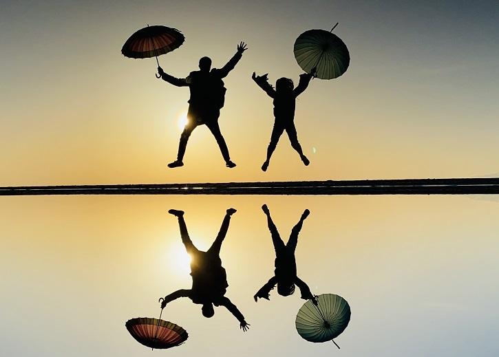 父母ヶ浜海岸ウユニ塩湖風写真