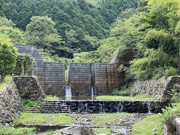 奥の湯ふれあいの里 ダム