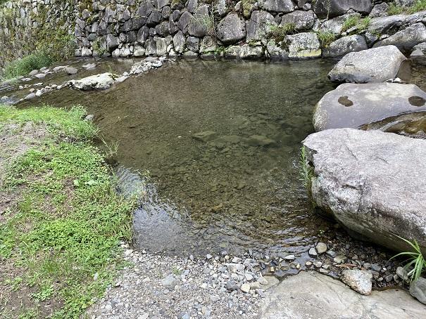 奥の湯ふれあいの里 自然プール