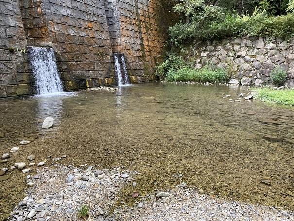 奥の湯ふれあいの里 自然プール2