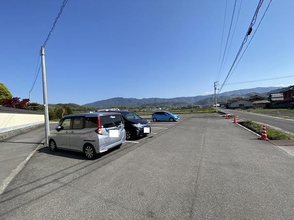 薬王寺 駐車場