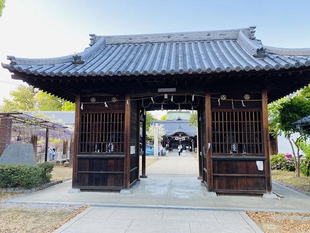 岩田神社 隋神門